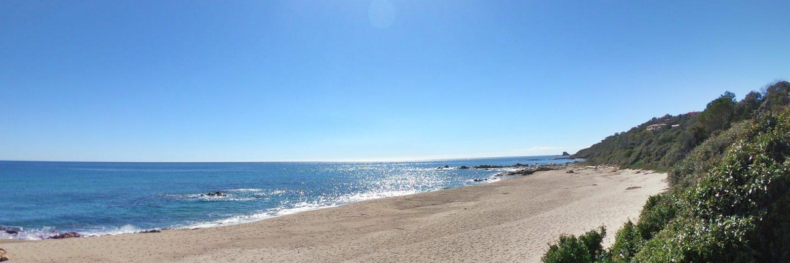 Vue entre deux plages